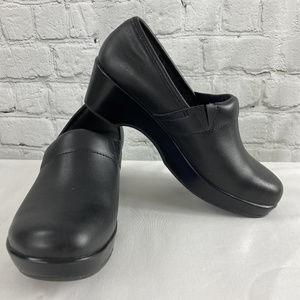 Women's Leather Slip-on Clogs